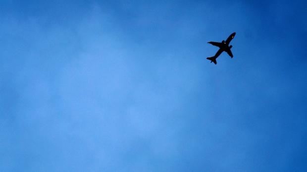plane-1400755403iko26