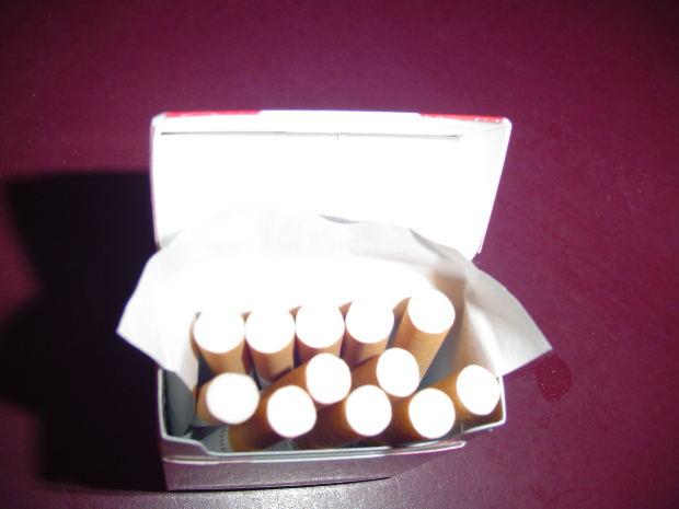 tobacco-file000264450357